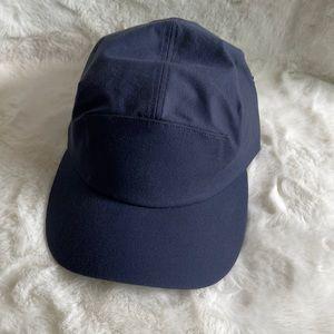 NWT Lululemon daily motion hat